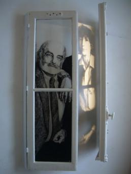 Judith Marin Père (Mère) - diptyque de fenêtres peintes acrylique noir et blanc portraits Louis Marin et Françoise Stoullig
