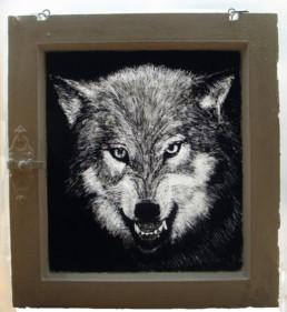 Judith Marin Le Loup peinture acrylique sur fenêtre verre et bois boite lumineuse